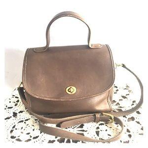 Vintage Coach Manor Messenger Crossbody bag